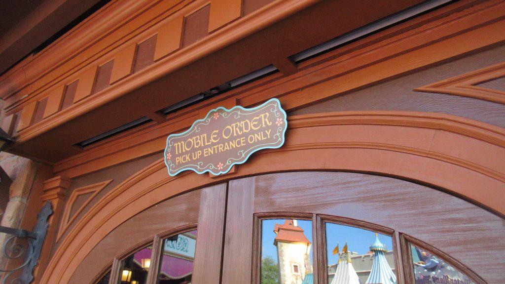 Mobile Order at Pinocchio Village Haus