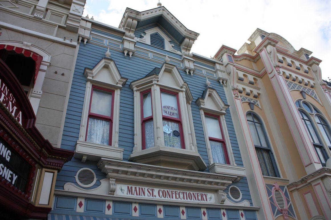Main Street USA Windows