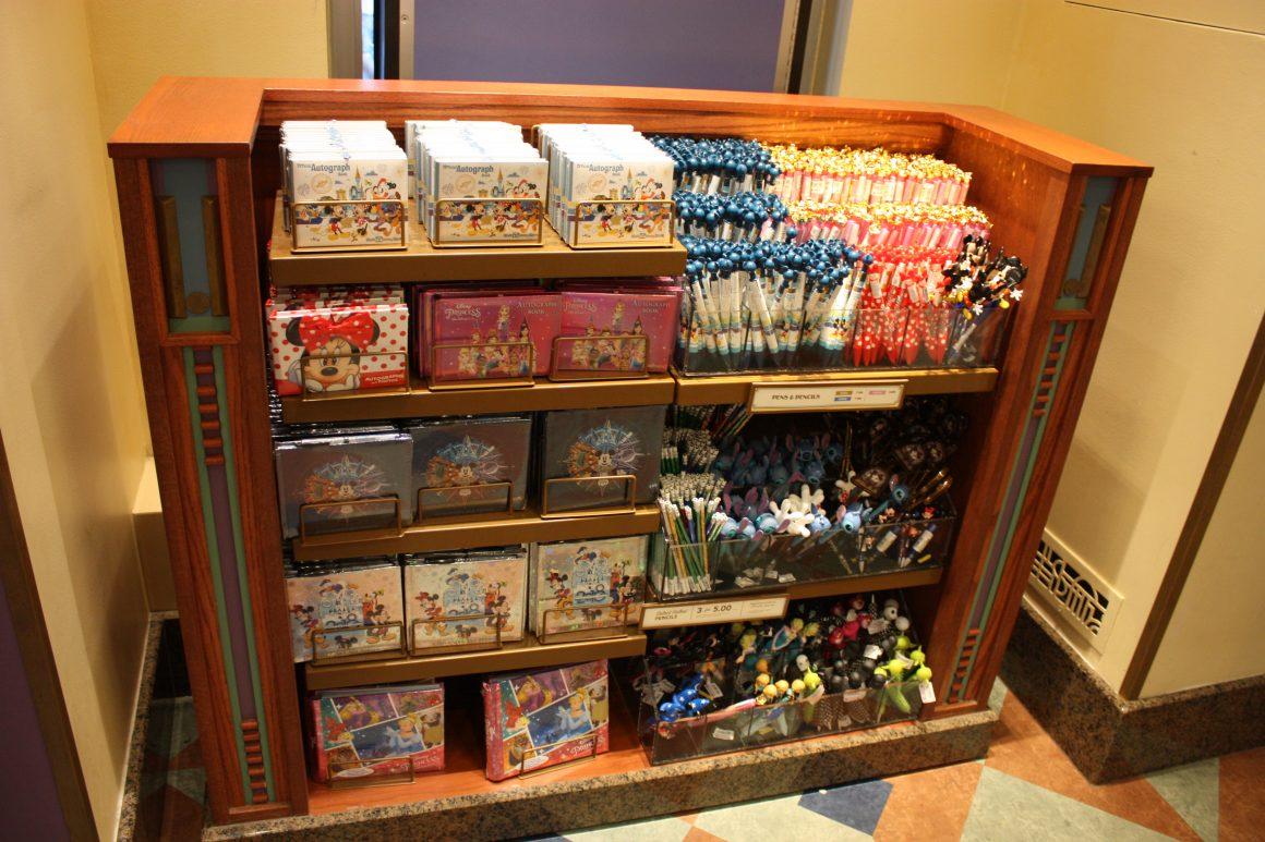 Autograph Supplies at Disney's Hollywood Studios