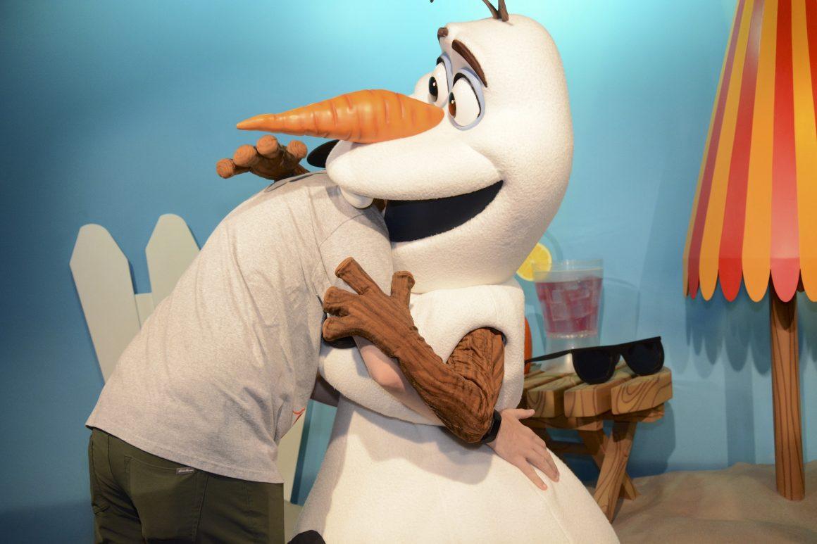 Olaf and Dustin Side Hug